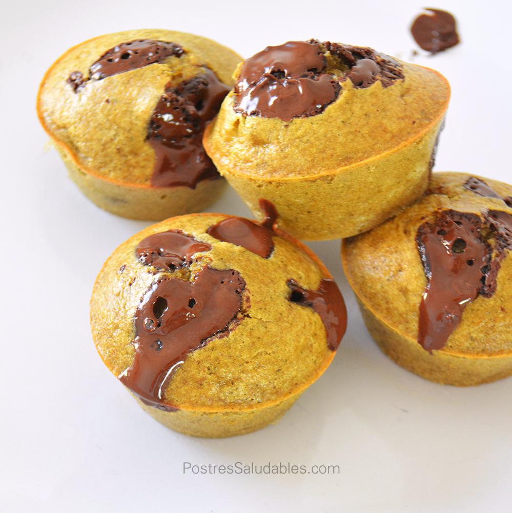 Cupcakes de Banano saludables  con chispas de chocoalte